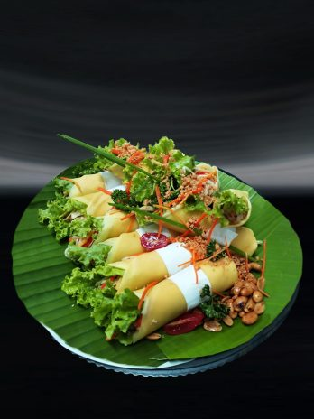 Fresh Vegetable Lumpia with Soya Peanut Sauce